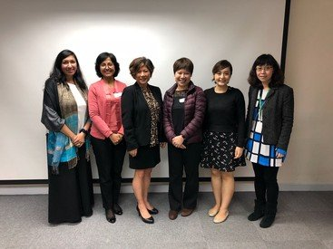 Ms Puja Paryani (left) at the research presentation on Help-seeking Behaviours of Ethnic Minority and Immigrant Victims of Domestic Violence in Hong Kong held by the Hong Kong Council of Social Service in March 2018